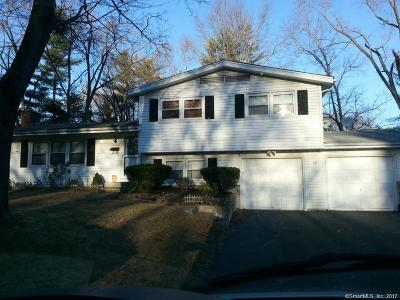 Windsor Single Family Home For Sale: 20 Jonathan Circle
