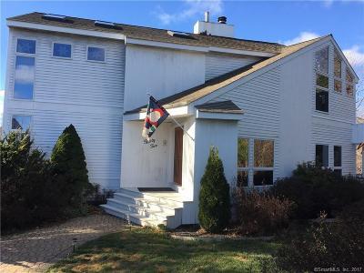 Torrington Single Family Home For Sale: 32 Juniper Court
