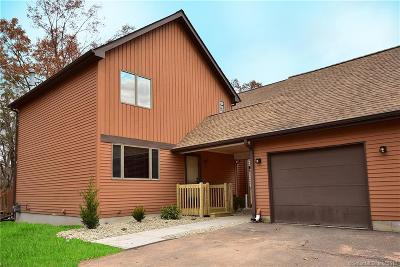 Tolland County Condo/Townhouse For Sale: 105 Maple Avenue #26
