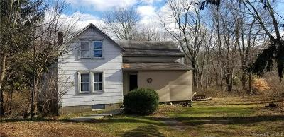 Oxford Single Family Home For Sale: 184 Riggs Street