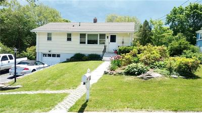 Waterford Single Family Home For Sale: 11 Hilltop Terrace