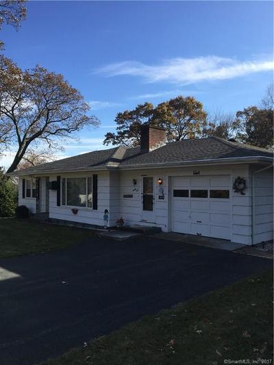 Wolcott Single Family Home For Sale: 35 Longmeadow Drive