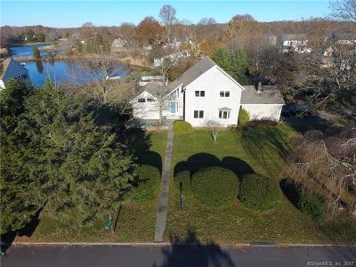 Stonington Single Family Home For Sale: 2 Bayberry Court