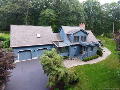 Old Lyme Single Family Home For Sale: 9 Oakridge Drive