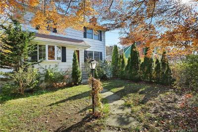 Greenwich Single Family Home For Sale: 25 Hollow Wood Lane