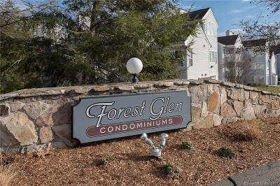 Middletown Condo/Townhouse For Sale: 15 Forest Glen Circle #5