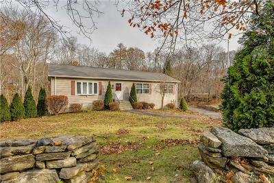 Wolcott Single Family Home For Sale: 392 Bound Line Road