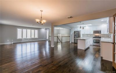 Monroe Single Family Home For Sale: 208 Turkey Roost Road