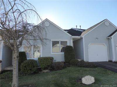 Southington Condo/Townhouse For Sale: 935 Sweetheart Path #935
