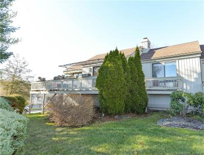 Southbury Condo/Townhouse For Sale: 226 Heritage Village #B