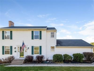 Cromwell Single Family Home For Sale: 27 Hicksville Road