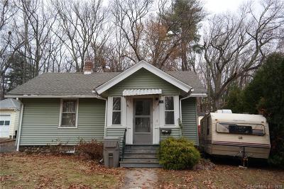 Bristol Single Family Home For Sale: 132 Putnam Street