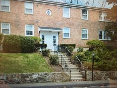 New Canaan Condo/Townhouse For Sale: 70 Heritage Hill Road #D