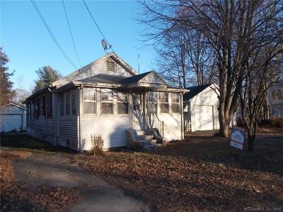 Clinton Single Family Home For Sale: 22 Beach Road