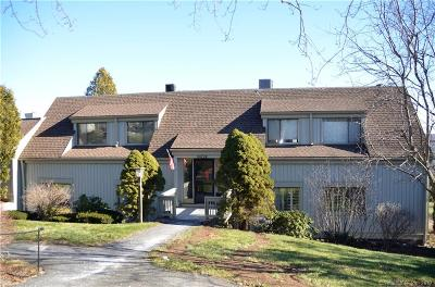 Southbury Condo/Townhouse For Sale: 225 Heritage Village #D