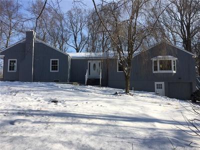 Norwalk CT Single Family Home For Sale: $700,000