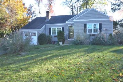 West Hartford Single Family Home For Sale: 7 Greensview Drive