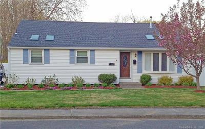 Milford Single Family Home For Sale: 73 Linwood Street