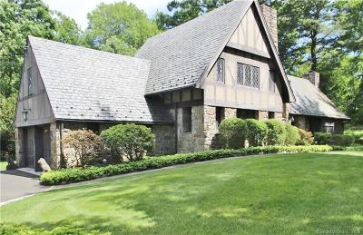 Darien Single Family Home For Sale: 58 Andrews Drive