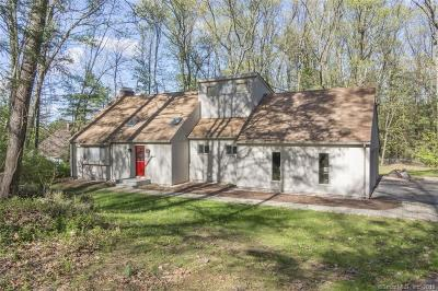 Simsbury Single Family Home For Sale: 50 Laurel Lane