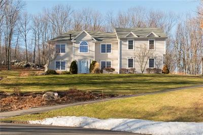 Southington Single Family Home For Sale: 24 Hearthstone Court