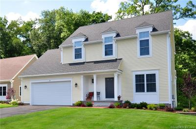Simsbury Single Family Home For Sale: 105 Carson Way