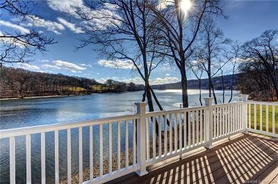 Shelton Condo/Townhouse For Sale: 500 River Road #2
