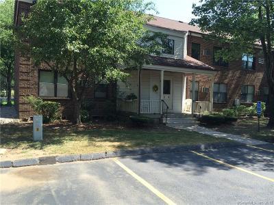 Farmington Condo/Townhouse For Sale: 3 Wellington Drive #3