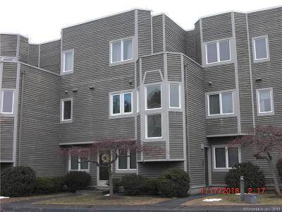 Hamden Condo/Townhouse For Sale: 1414 Whitney Avenue #D3