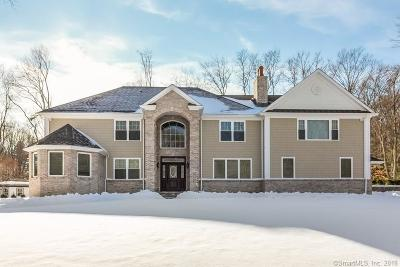Milford Single Family Home For Sale: 9 Country Lane