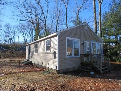 Hebron Single Family Home For Sale: 218 Deepwood Drive
