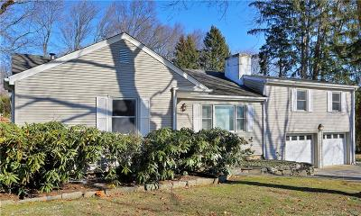 Stamford Single Family Home For Sale: 124 Wyndover Lane