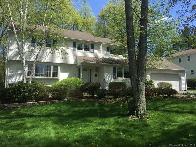 West Hartford Single Family Home For Sale: 144 Sunny Reach Drive
