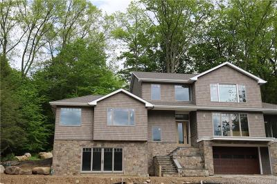 New Milford Single Family Home For Sale: 35 Lake Drive