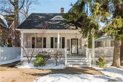 Single Family Home For Sale: 7 Lawrence Street