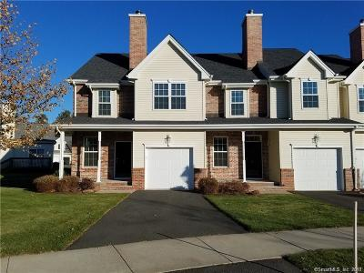 Windsor CT Condo/Townhouse For Sale: $215,700
