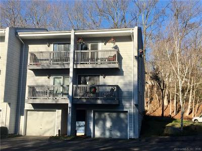Norwalk Condo/Townhouse For Sale: 16 Rockmeadow Road #Yes