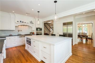 Fairfield County Single Family Home For Sale: 1 Robin Hood Lane