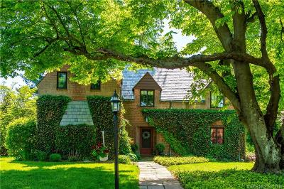 West Hartford Single Family Home For Sale: 35 Sulgrave Road