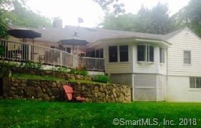 Easton Single Family Home For Sale: 15 Plum Tree Lane