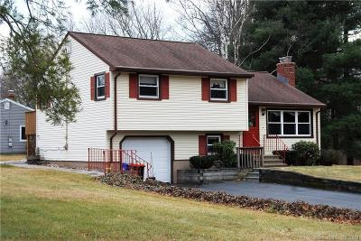 Wallingford Single Family Home For Sale: 1 Douglas Court