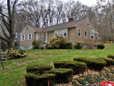 Meriden Single Family Home For Sale: 214 Dryden Drive