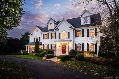 Trumbull Single Family Home For Sale: 75 Aspen Lane