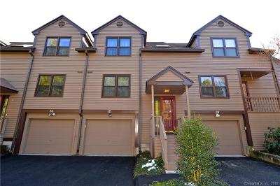 Monroe Condo/Townhouse For Sale: 12 Willowbrook Circle #12
