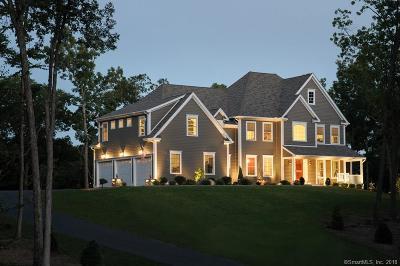 Glastonbury Single Family Home For Sale: 40 Signal Ridge Road