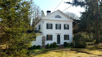 Hamden Single Family Home For Sale: 89 Hartford Turnpike