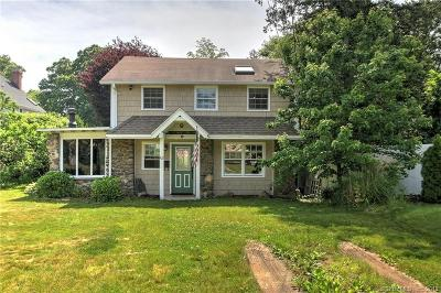 Milford CT Single Family Home For Sale: $250,000