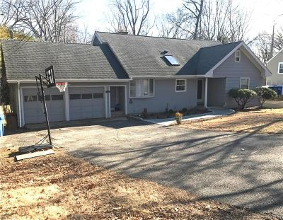 Trumbull Single Family Home For Sale: 9 Rocky Ridge Drive