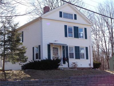 Manchester Single Family Home For Sale: 454 Middle Turnpike E