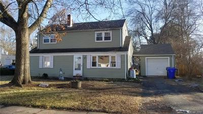Suffield Single Family Home For Sale: 97 Crescent Drive